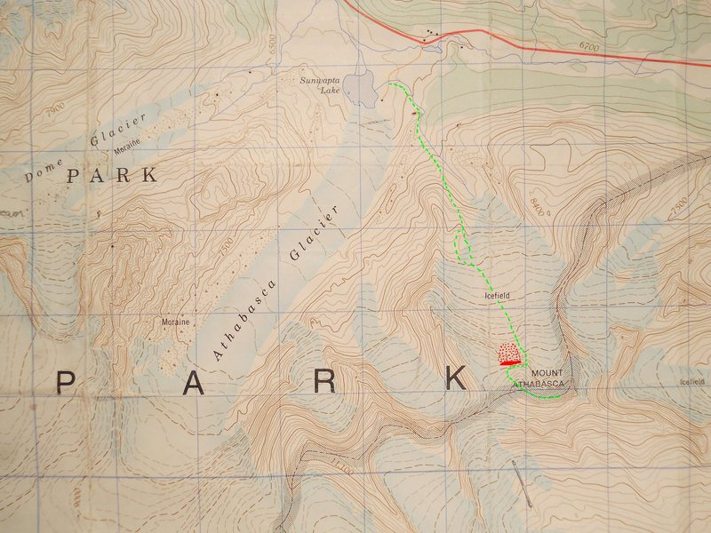North Glacier Route<br> Mount Athabasca<br> contour interval: 100 feet<br> <br> Red - Serac<br> Red dots - avalanche runout<br> Green - North Glacier Route