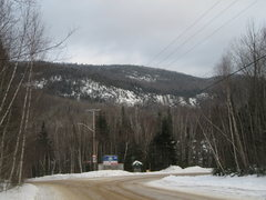 Rock Climbing Photo: Lac Sylvère cliff from the road 2010-12-29