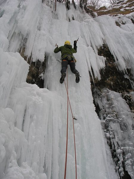 "Rock Climbing Photo: Eric L. leading ""Qaurry Monster"" regular..."