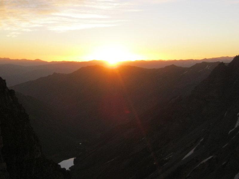 Sunrise on the Bell Cord (Maroon Peak)