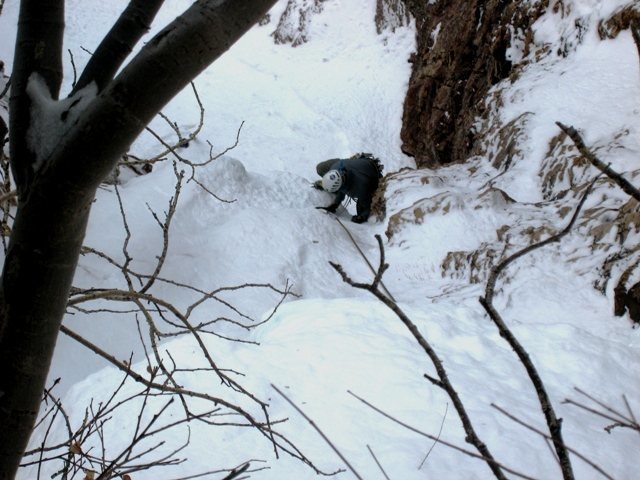 Rock Climbing Photo: Matt clears the first steep bit on Mineral Fork ic...