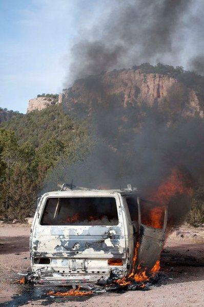 Rock Climbing Photo: VW at Shelf.  Gas leak that led to a fireball. Thi...