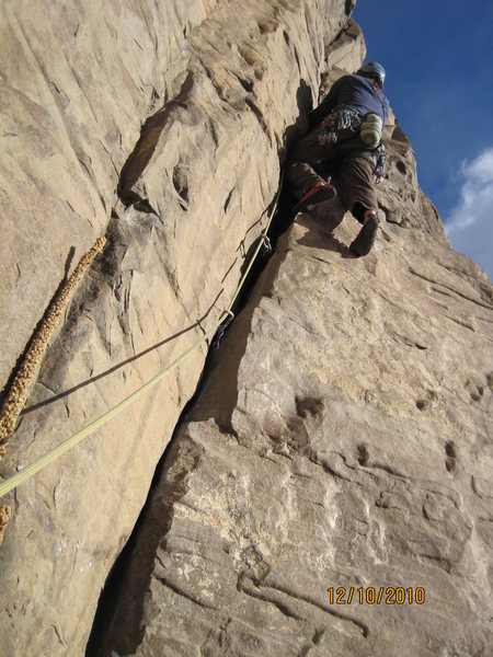Rock Climbing Photo: Sea Robin, higher up the initial crack section. A ...