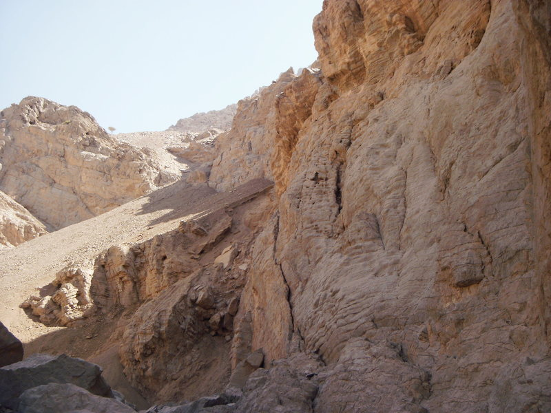 This is a picture of the left side of Tawiyan Crag. There are four sport routes here. Three of the routes are 2 pitches long.