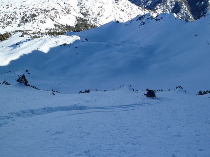 Skiing down the E side of North Twilight.