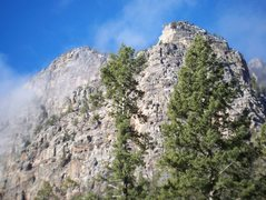 Rock Climbing Photo: Tradistan Tower on the right.  The Nuggernaut is d...