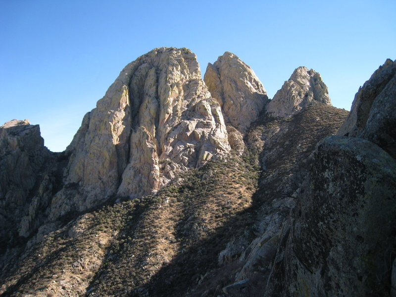 Great view of the Rabbit Ears from the col north of Lesser Spire.  Maybe one of the best vantages to see Boyer's Chute.