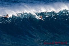 Rock Climbing Photo: Marcio paddling into Jaws yesterday. Photo Jimmy H...