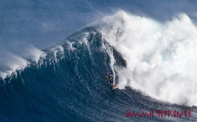This guy towed into a respectable right hander.<br> Photo: Jimmy Hepp