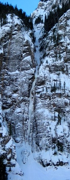 Ribbon on evening of 1/15/2011 with climbers.  Full route in view.