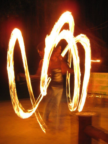 yo yo yo, come to the fire show!!