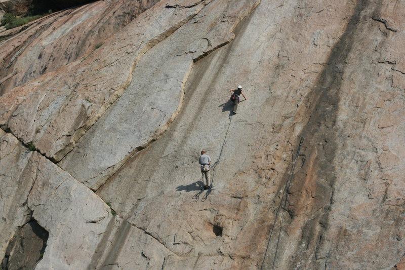Rock Climbing Photo:  Noelle Ladd belayed by John Cardmon leading Cheap...