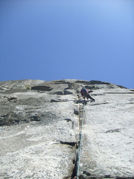 Rock Climbing Photo: Straight to the top