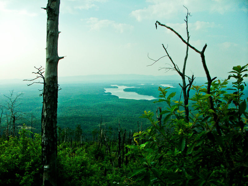 Rock Climbing Photo: View of Lake Glenville from the trail up to Shorto...
