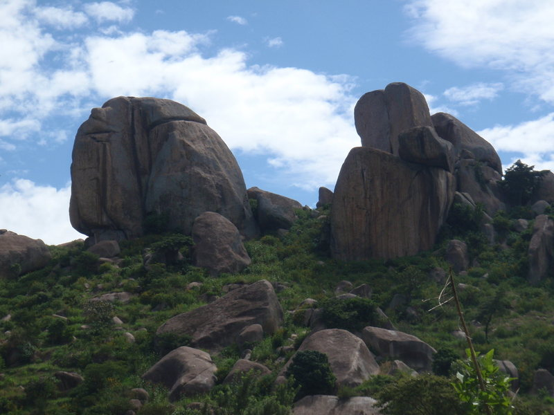 Sangalo Rocks from the end of the road.