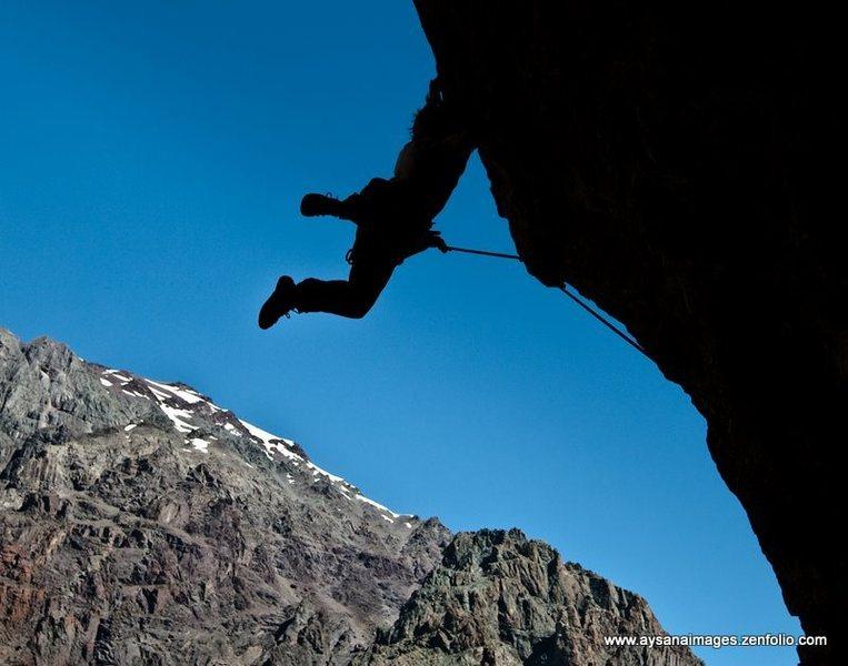 Rock Climbing Photo: La Mina, Cajon de Maipo, Chile (see www.aysanaimag...