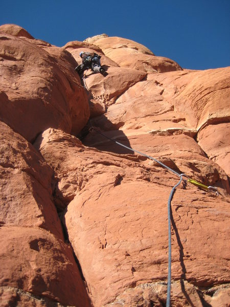 me leading the 4th pitch of Coyote Tower