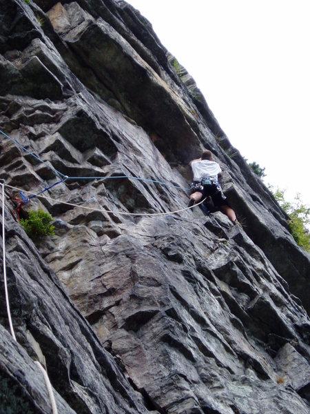 Rock Climbing Photo: Finishing the traverse...  2nd pitch