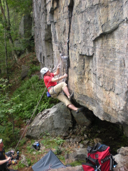 "Rock Climbing Photo: Mitch Hoffman leading ""Porcupine Prelude&quot..."