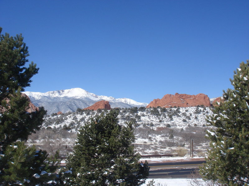 Rock Climbing Photo: Pikes Peak and the Garden from the VC.