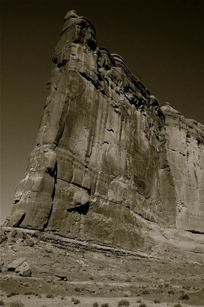 Rock Climbing Photo: Tower of Babel. Look closely for climbers on the u...