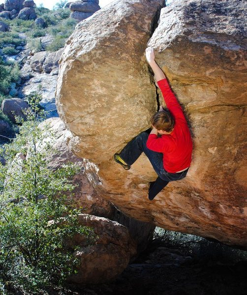 Rock Climbing Photo: Pulling the exit on Alien Autopsy, Vector Arena, O...
