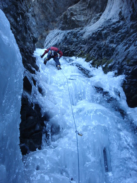 Climbing the left side of the main flow.  January 22, 2011.  Photo by [[David Hertel]]106274703.