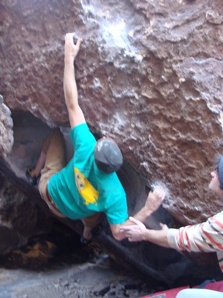 Rock Climbing Photo: Lobster claw with the kneebar beta