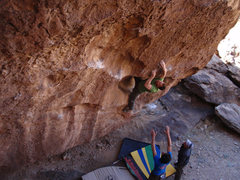 Rock Climbing Photo: Matthew NM working through the leftward traverse t...