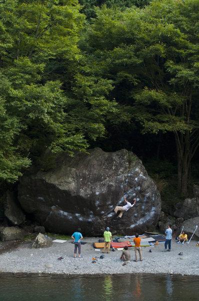 Ninja boulder, Mitake