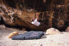 Rock Climbing Photo: Right Gonad V8