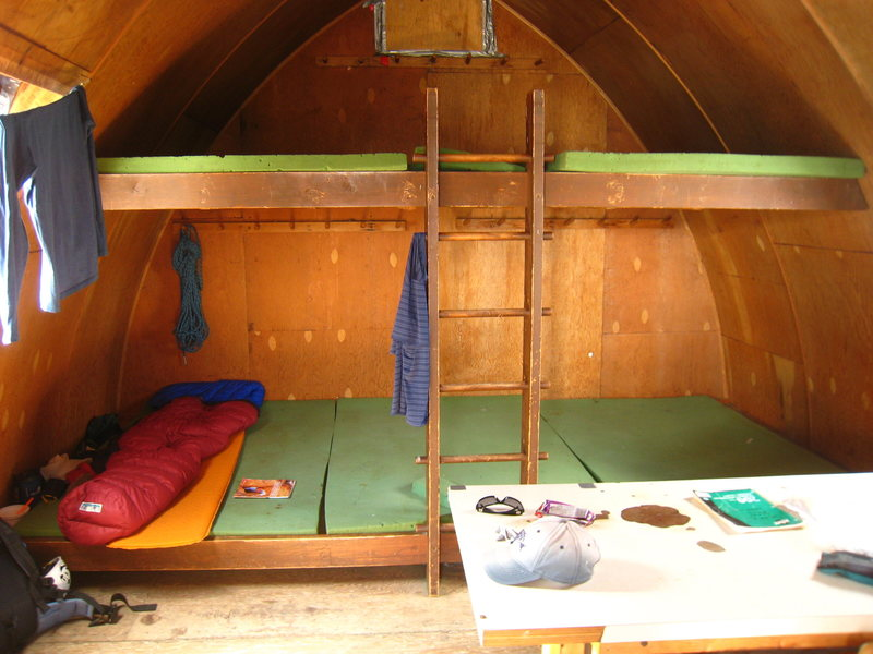 Rock Climbing Photo: Cozy accommodations within the Hind hut