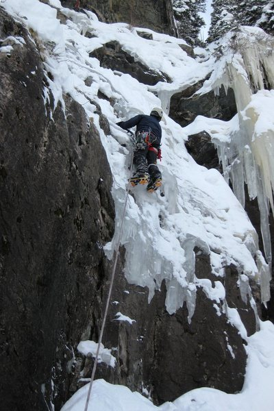 Leading R of Lochluster (2-6-11), bring the stubbies and watch for the pin 1/2 way up. Photo Brad Cunningham.
