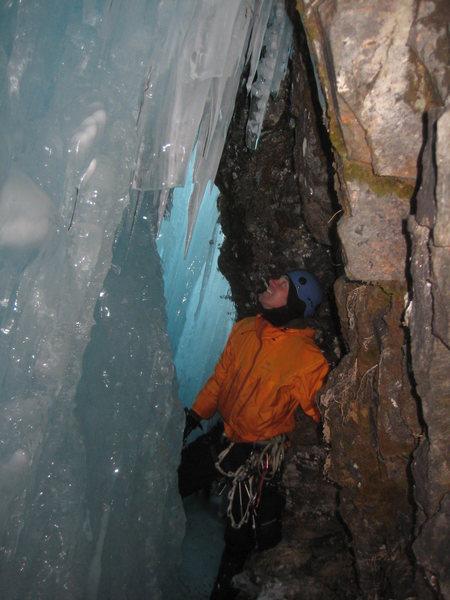 Bridal Veil Falls, cave 2