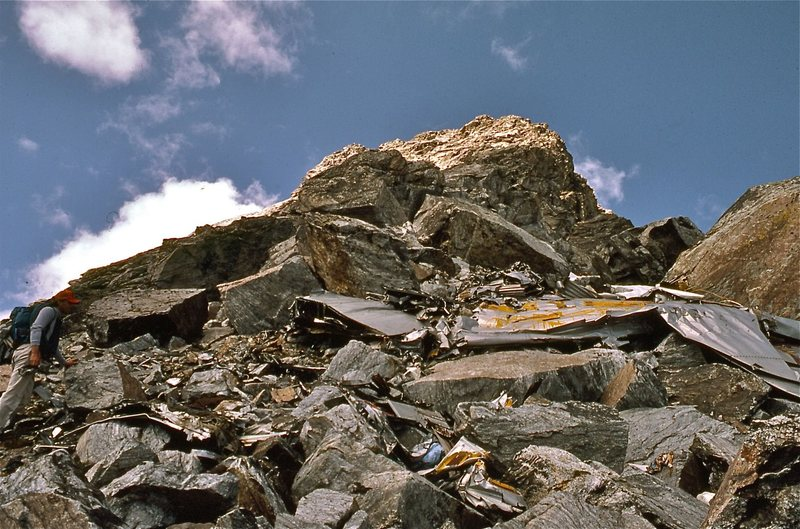 Rock Climbing Photo: Crash site and debris from the New Tribes plane, N...
