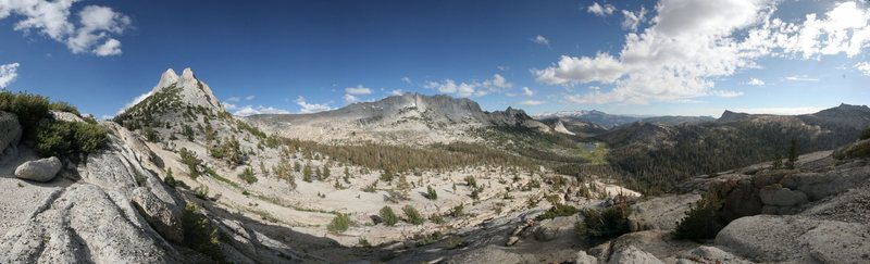 Rock Climbing Photo: matthes crest in middle
