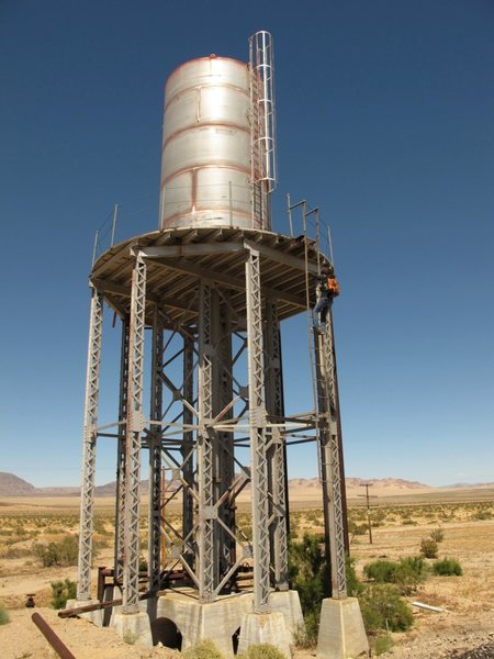 A cool old tower to climb near the railroad tracks in an undisclosed location in the desert. Fun!<br> <br> Taken in 2010. Photo by Jonny