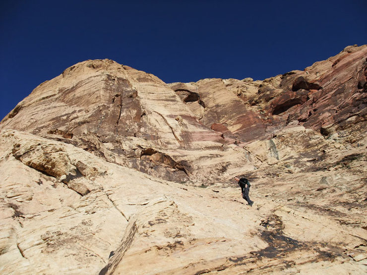 Rock Climbing Photo: slabby approach to Eagle Wall
