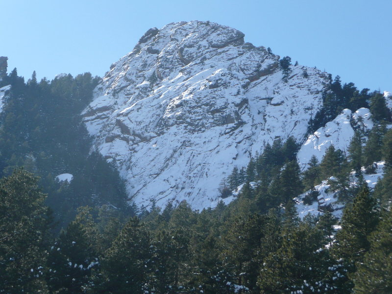 Snow covered rock on 1st flatiron taken after ascent of first 2 pitches of Silk Road