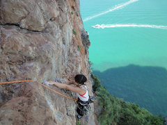 Rock Climbing Photo: the 1rd pitch
