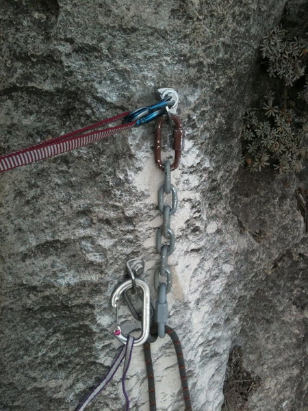 Rock Climbing Photo: New anchor on the top of Two Tone with hardware fr...