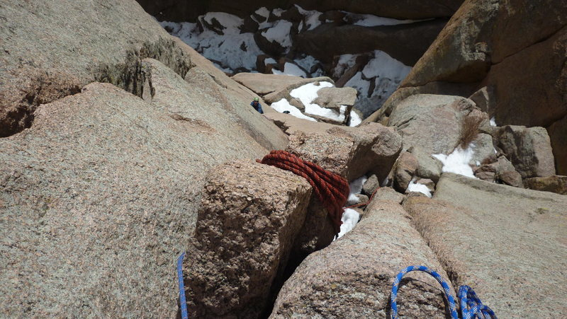 Rock Climbing Photo: From atop pitch 1.  Snow in the gully.