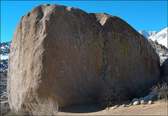 Rock Climbing Photo: Green Wall Boulder, north side. Photo by Blitzo.