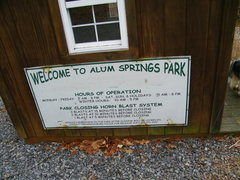 Rock Climbing Photo: The gatehouse:  WELCOME TO ALUM SPRINGS PARK  Hour...