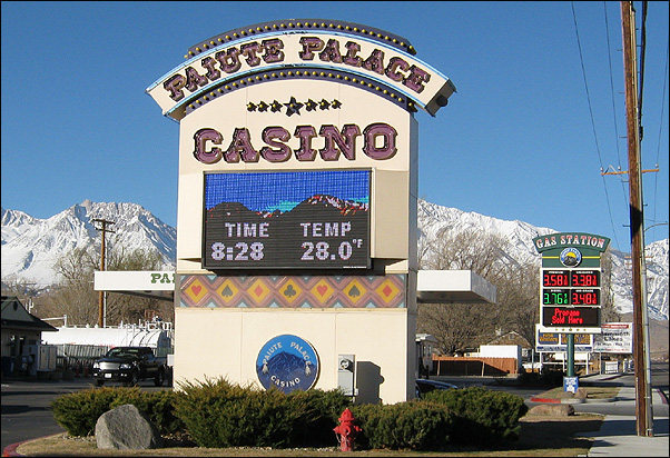 Paiute Palace Casino. Lose your money and get gas.<br> Photo by Blitzo.
