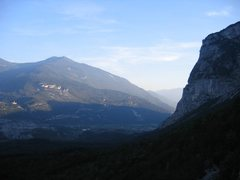Rock Climbing Photo: View to the south from the top of Placche Zebrate