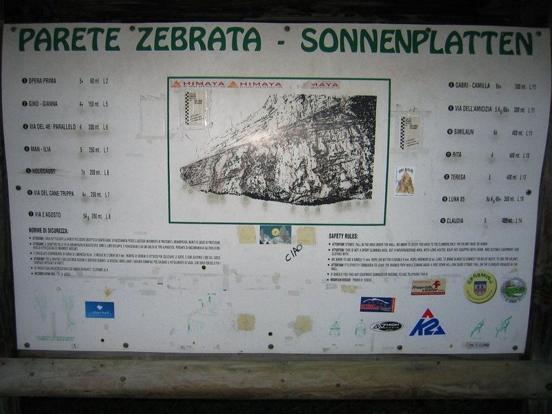 Rock Climbing Photo: Area information at the parking lot for Placche Ze...