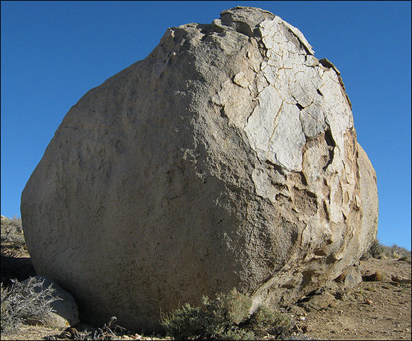 Peewee Boulder.<br> Photo by Blitzo.