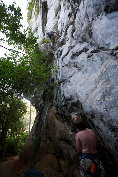 Anja at the little traverse on the ledge. By Ram Sripracha