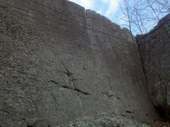 Rock Climbing Photo: Storming the Castle (V2) climbs the clean slab abo...